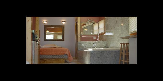 SMALL ROOMS 460 2
