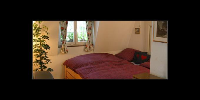 SMALL ROOMS 460 3