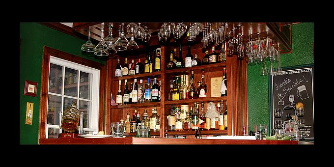Home Bars: Tips για... indoor στέκια