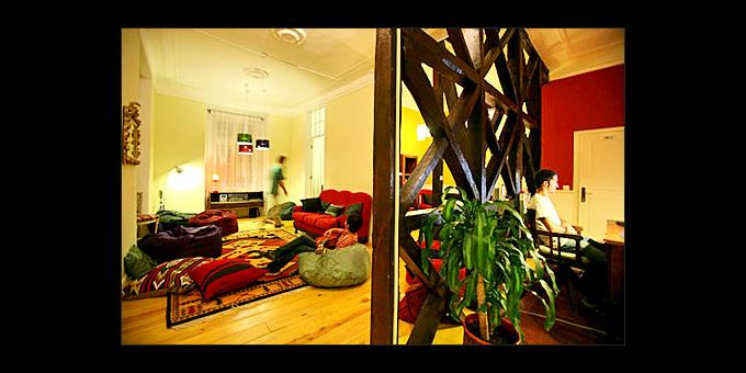 TOP 10 HOSTELS - 460 - 3